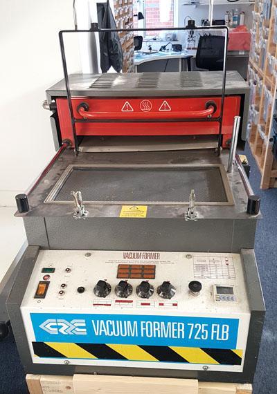 Clarke 725 Vacuum Forming Machine